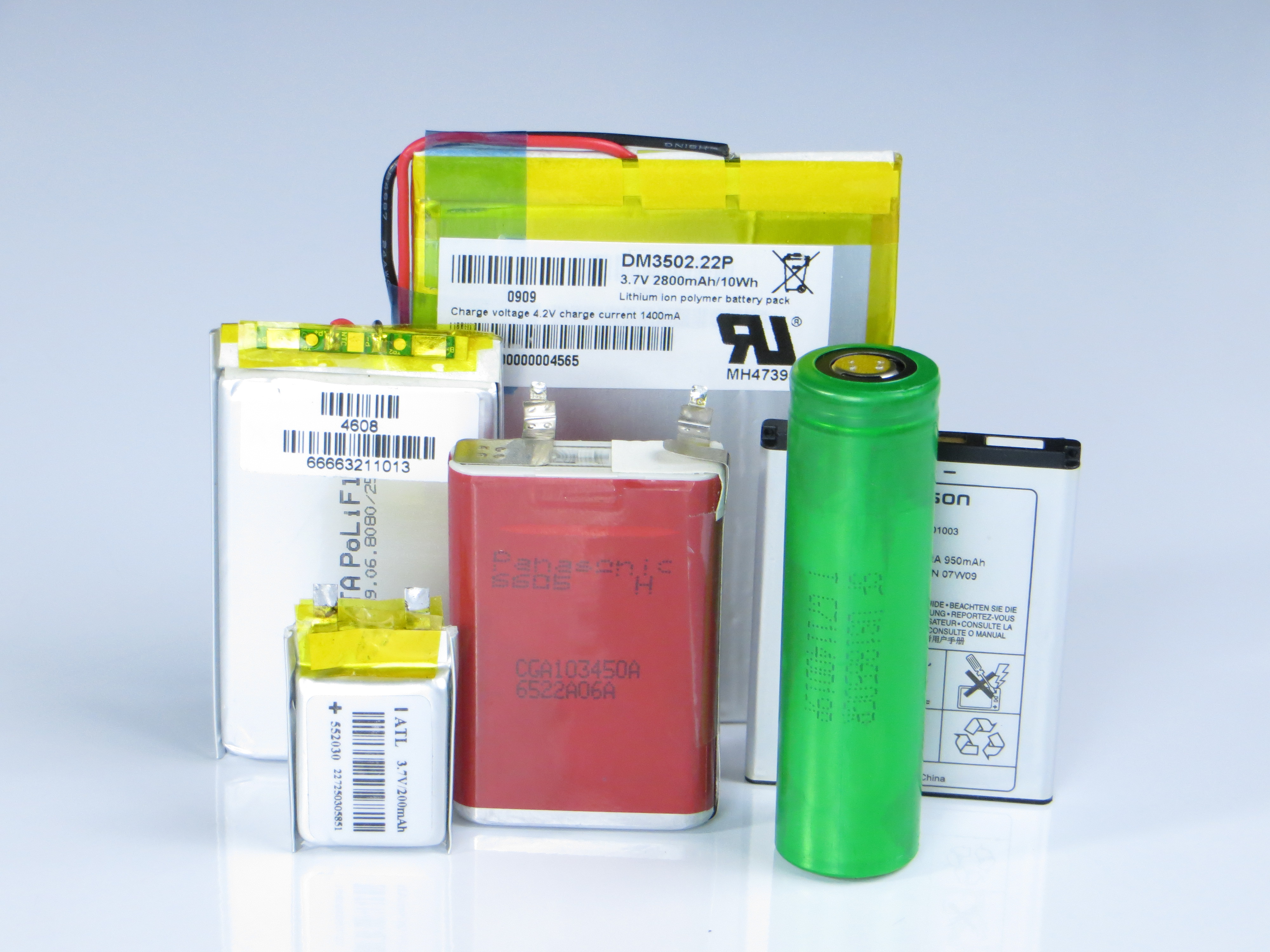Power Management Components For Li Ion Battery Powered Applications Energy Portable Charger Schematic Richtek Technology